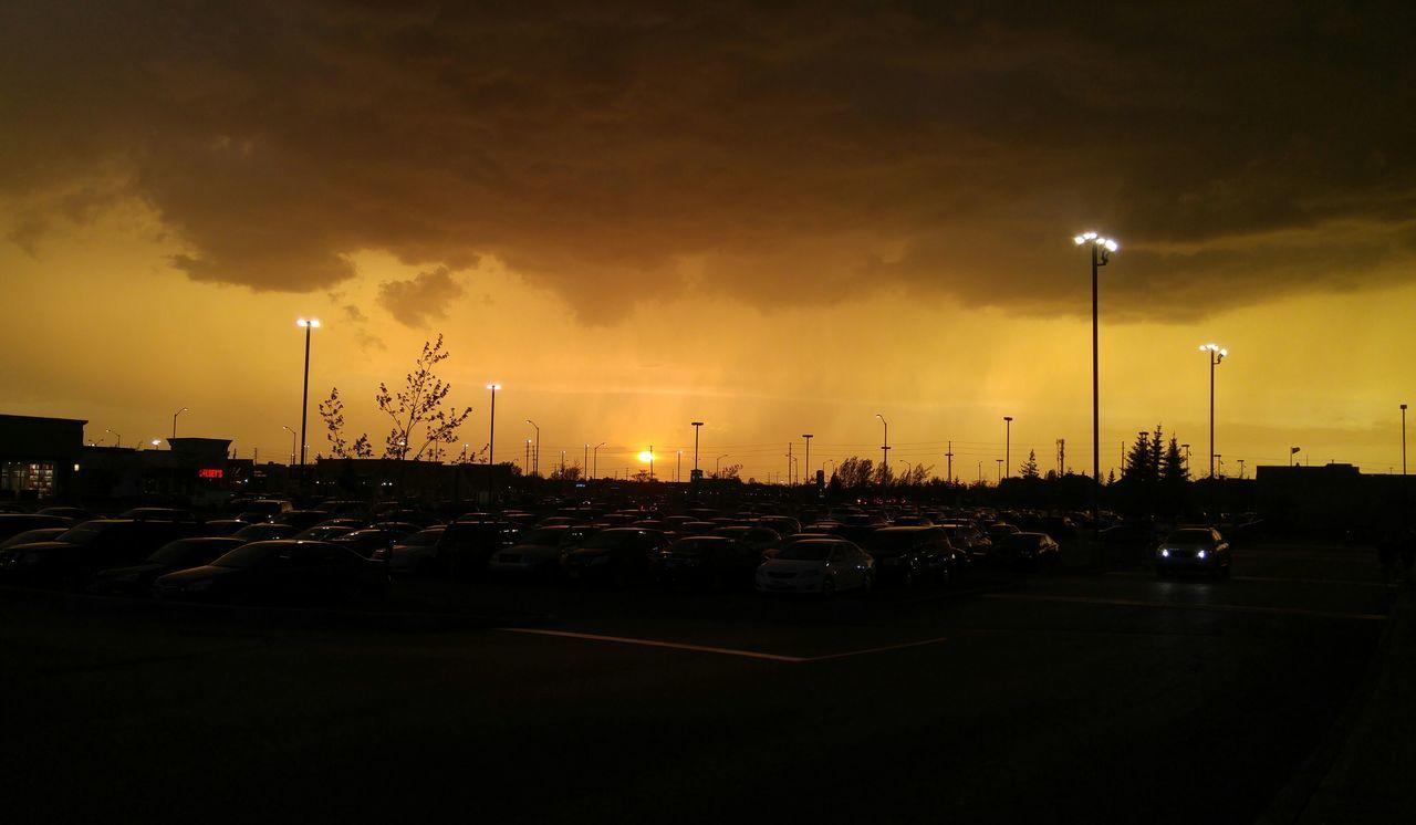 Cloud - Sky Car storm Nepean, Ontario, Canada