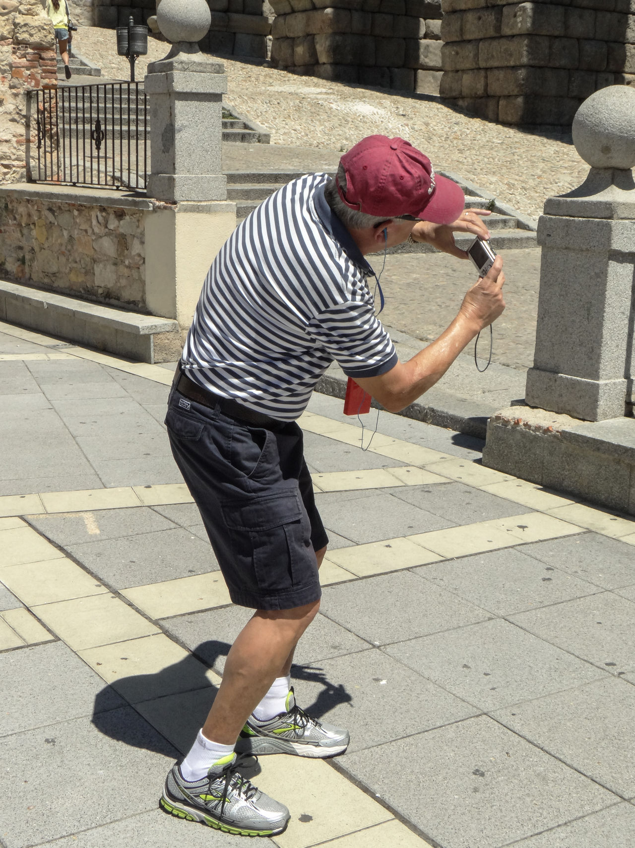 Casual Clothing Historical Sights Man Taking Photo Photography Segovia Sightseeing The Tourist Tourism