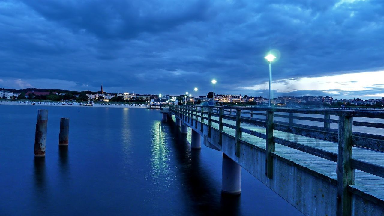 Abendstimmung Ahlbeck Architecture Beach Blaue Stunde Blue Blue Hour Cloud - Sky Illuminated Nature No People Outdoors Pier Reflection Sea Seebrücke Seebrücke Ahlbeck Sky Tranquility Travel Destinations Usedom Usedom Ahlbeck Water