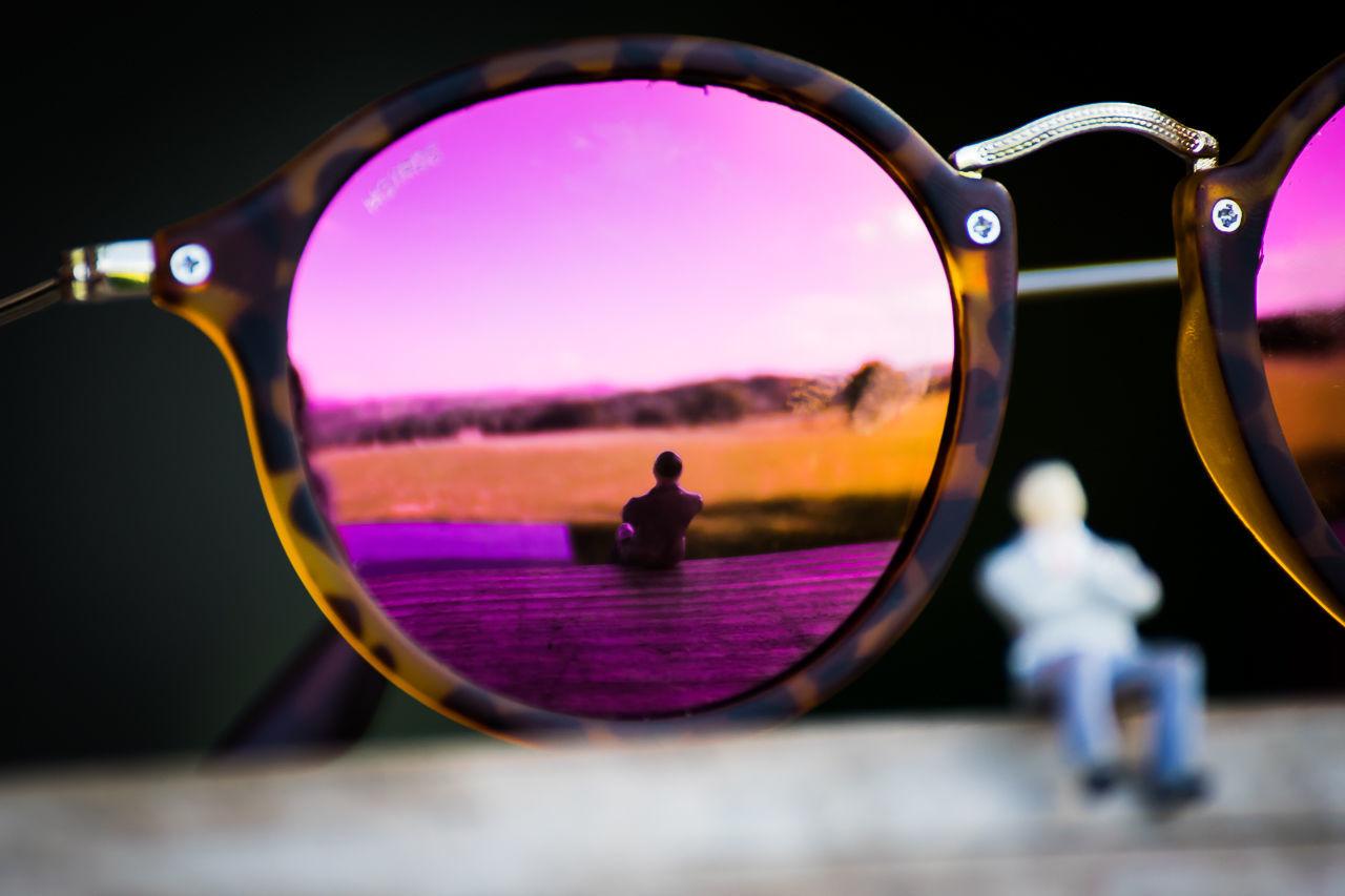 Glasses Leopard Morro Sitting Sitting Man StillLife Sunglass  Sunglasses