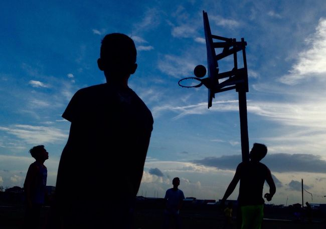 Silhouette Sky Men Cloud - Sky Blue Cloud Outdoors Person Outline Day Cloudy Scenics Streetbasketball Basketball Playing Leisure Activity Silhouette Carefree The Week Of Eyeem The Week On Eyem