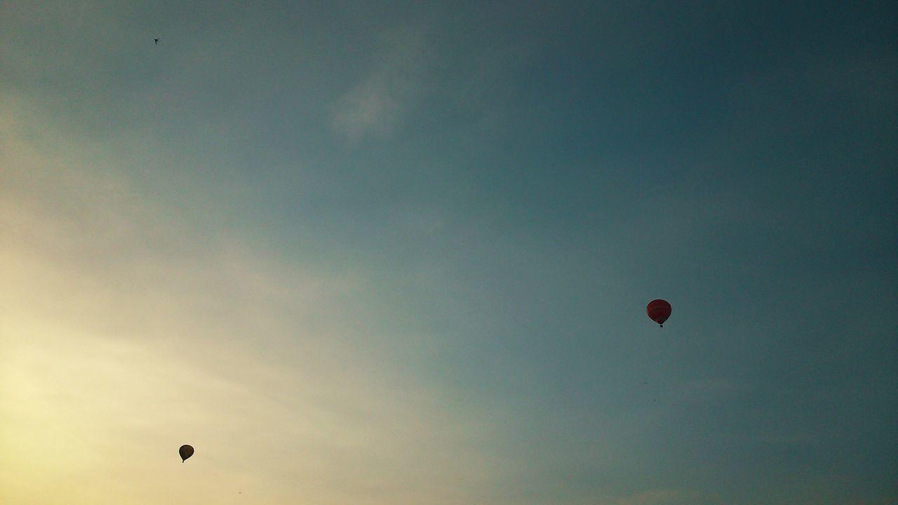 Baloons Sunset