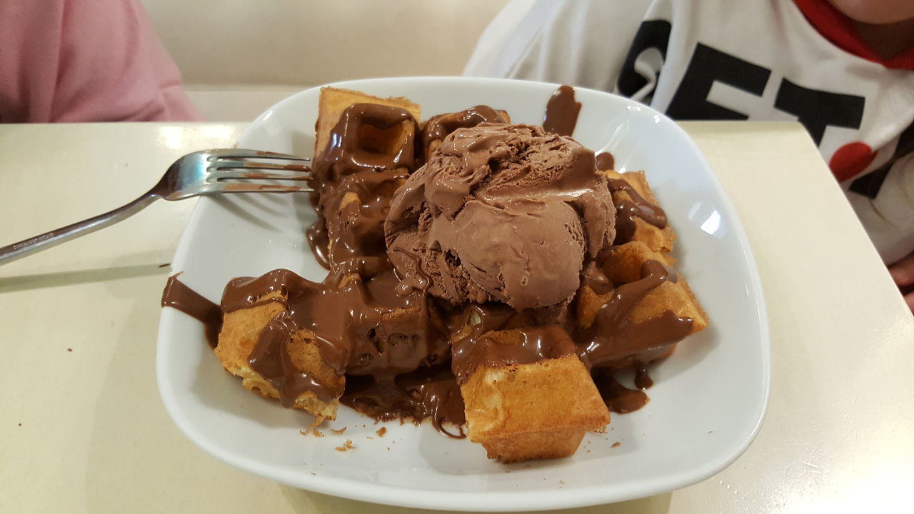 Close-up Food Food And Drink Ice Cream Ready-to-eat Serving Size Sweet Food Waffle