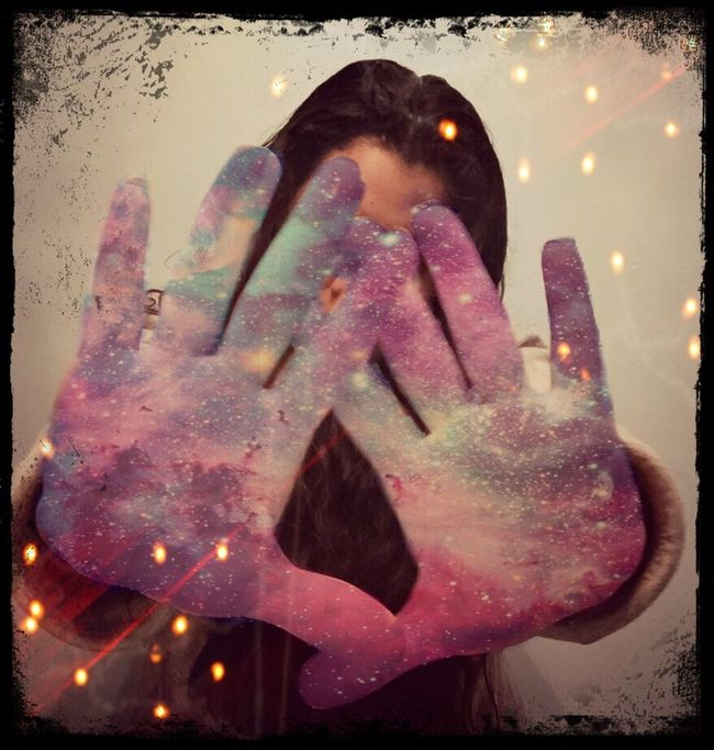 Galaxy in my Hands Sweet Dreams or Have A Nice Day♥ ThatsMe 😃 Hi ♡ Friends ❤ Playing With Filters Photo Shop Playing Playing With Apps  Playing With Pictures. Playing With Effects Edit By Me Amateurphotography Playing Whit My Photography Don't Forget Smile❤ 💟🌺💟😉🤗🤗