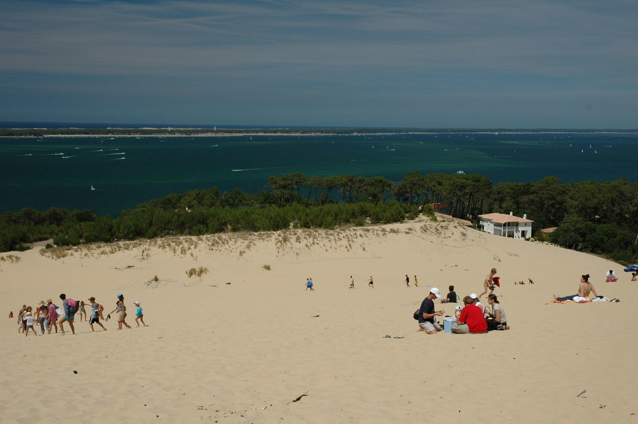 Beach Coastline Dune Du Pyla Groupd Of Peo Horizon Over Water Leisure Activity Nature Outdoors Real People Sand Sea Shore Summer Togtherness Tranquility Travel Destination Vacations Water