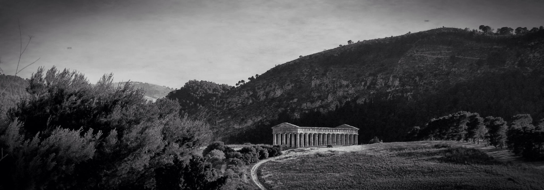 blackandwhite at Tempio Di Segesta by Stabiano