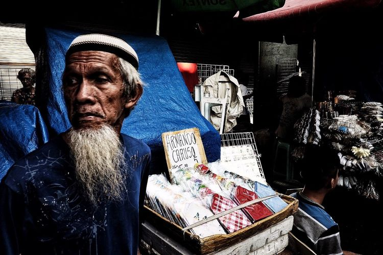 Here Belongs To Me Street Photography Quiapo EyeEm Best Shots The Week Of Eyeem Up Close Street Photography Telling Stories Differently The Street Photographer - 2016 EyeEm Awards