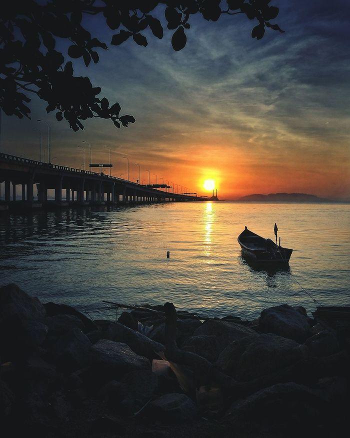 Sunset Sunrise Reflection Outdoors Sky Beach Streetphotography Silhouette Landscape EyeEm Best Shots - Nature