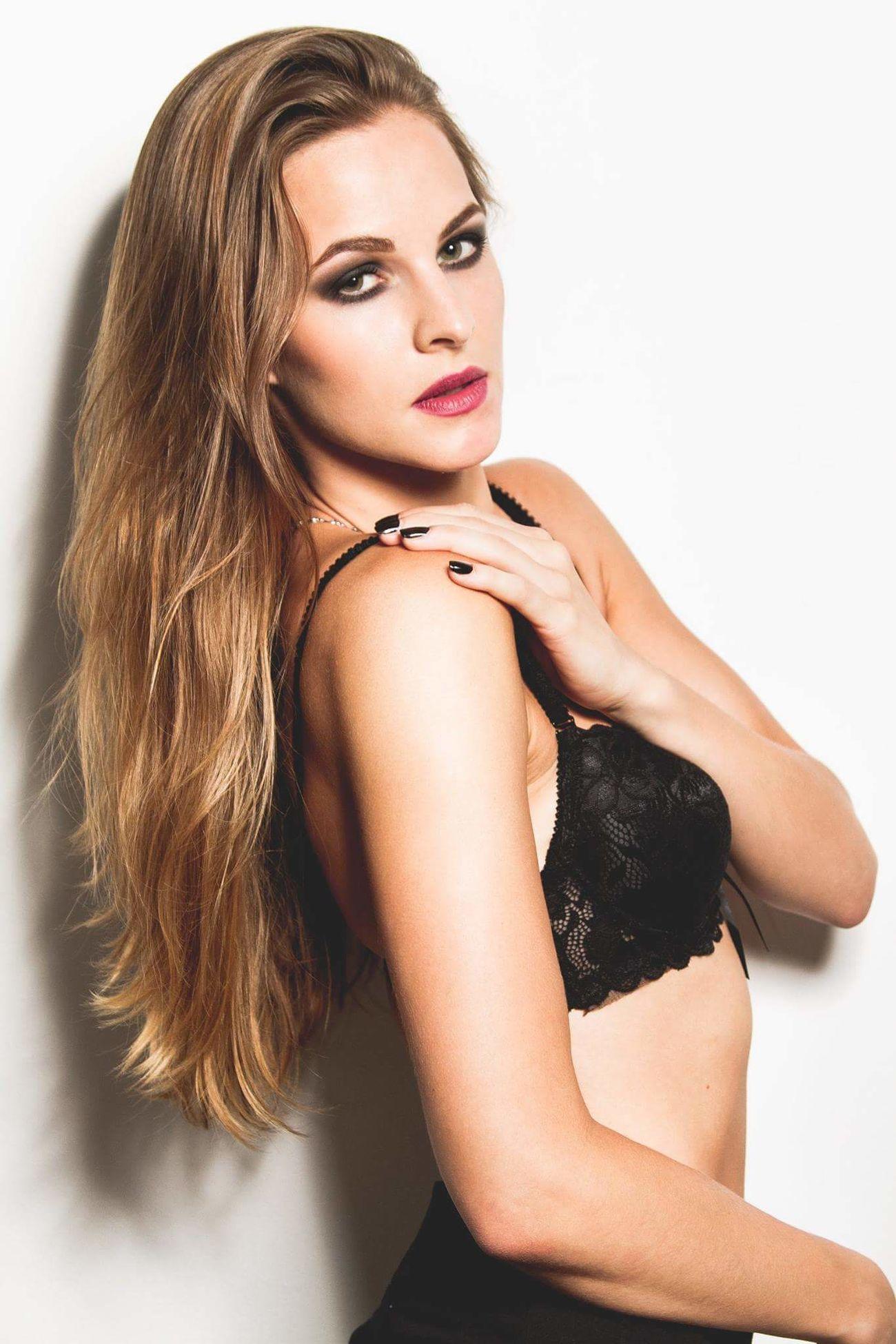 Glamour Makeup Makeupartist Beauty Lingerie Bra Elegant Sensuality Canon