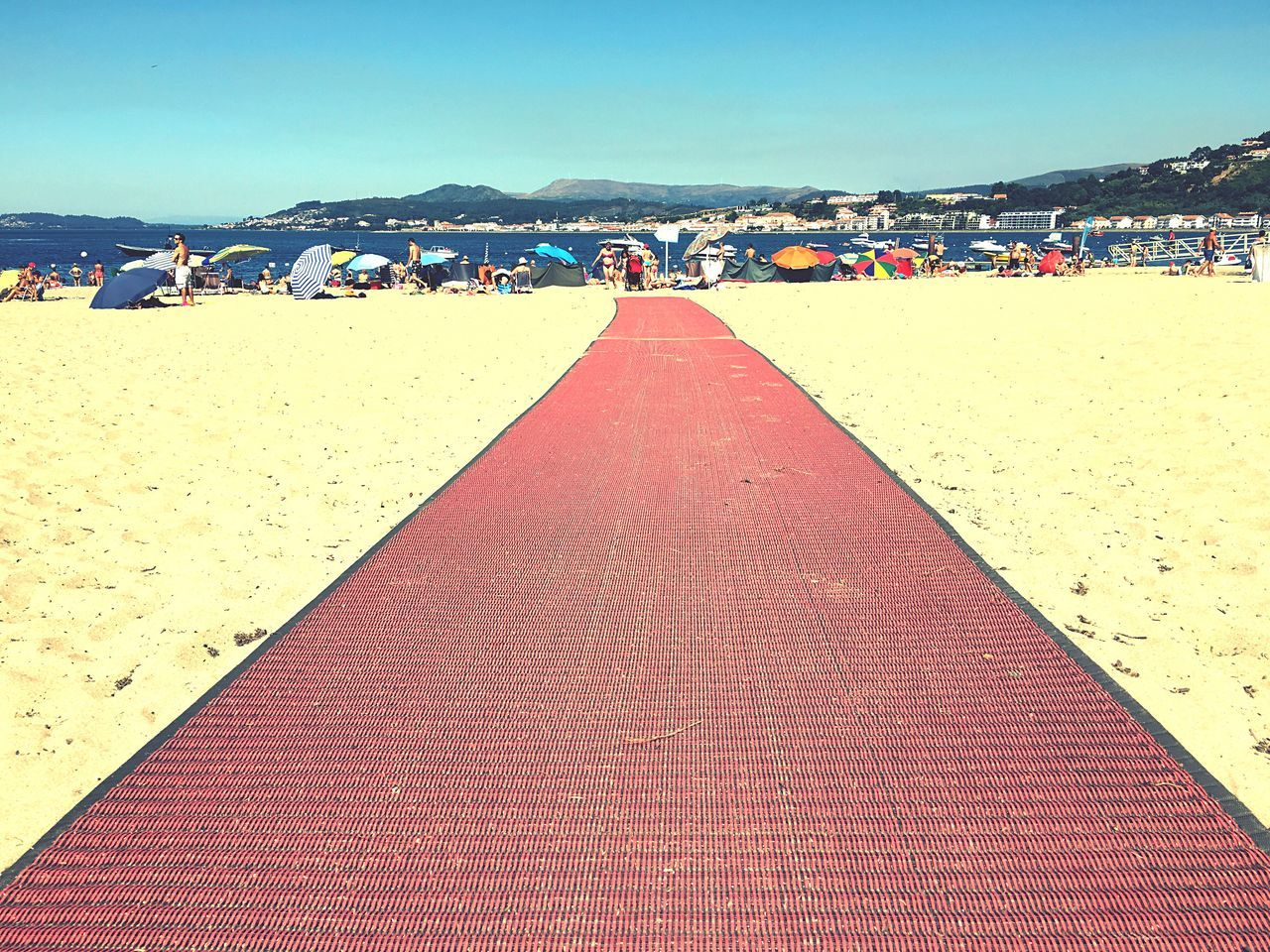 Red Carpet ... Beach Beachphotography Color Of Life Easy Life Summertime Summer Views Portugal_lovers Blue Sky Summer Ocean Outdoors Greetings From Portugal Color Palette