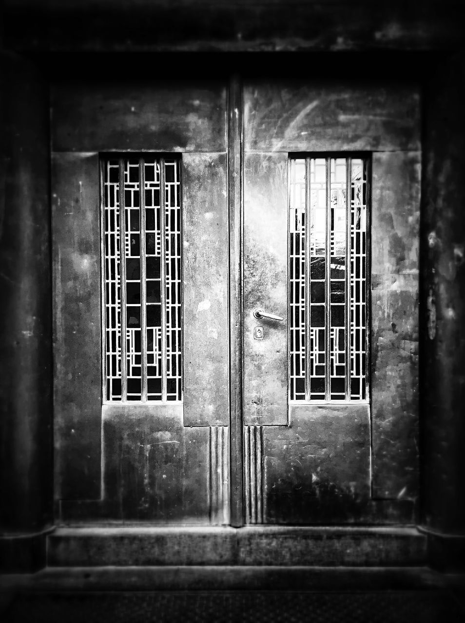 window, architecture, no people, door, built structure, indoors, building exterior, day, security bar, close-up