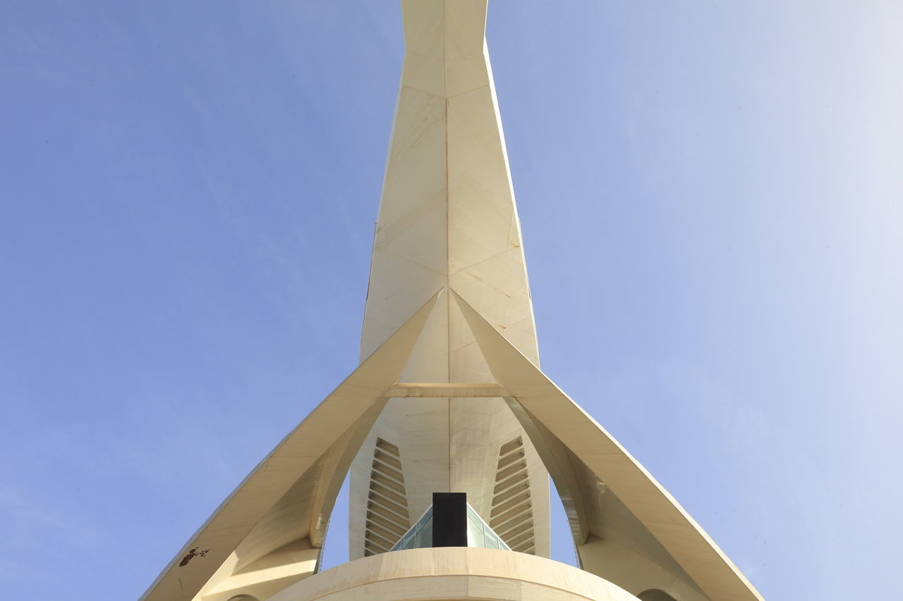 Minimalist Architecture Built Structure Low Angle View City Architecture Business Finance And Industry Sky No People Futuristic Outdoors Day Astronomy Architecture València Calatrava Calatravaarchitecture Valencia, Spain City Of Arts And Sciences