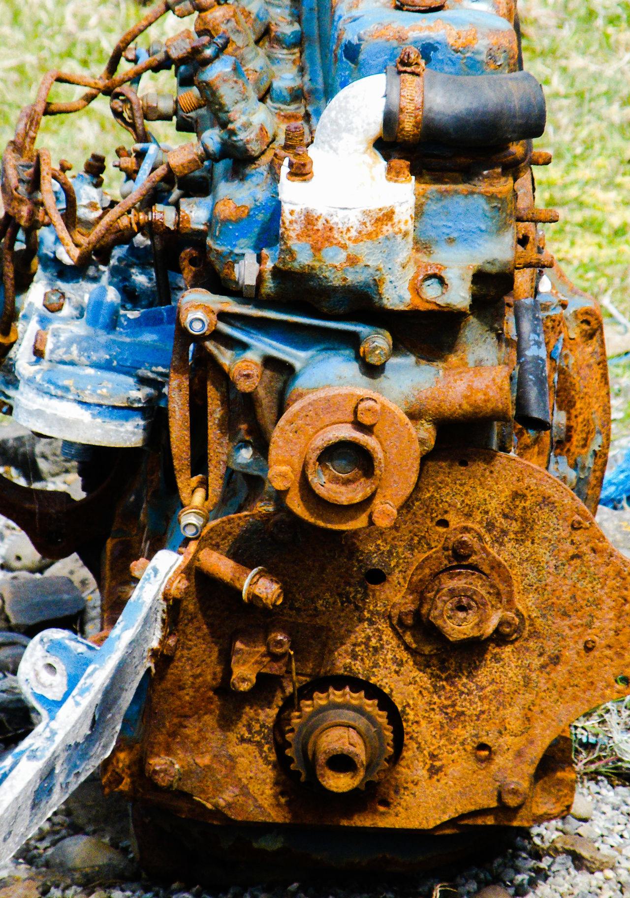 Close-up Day Industry Machine Part Metal No People Nut - Fastener Old Engine Outdoors Rusty Rusty Metal