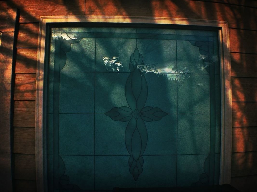 @LaRocka♠ I thought of you #stainedglass #shadow What turns you on? by yumecupcakes