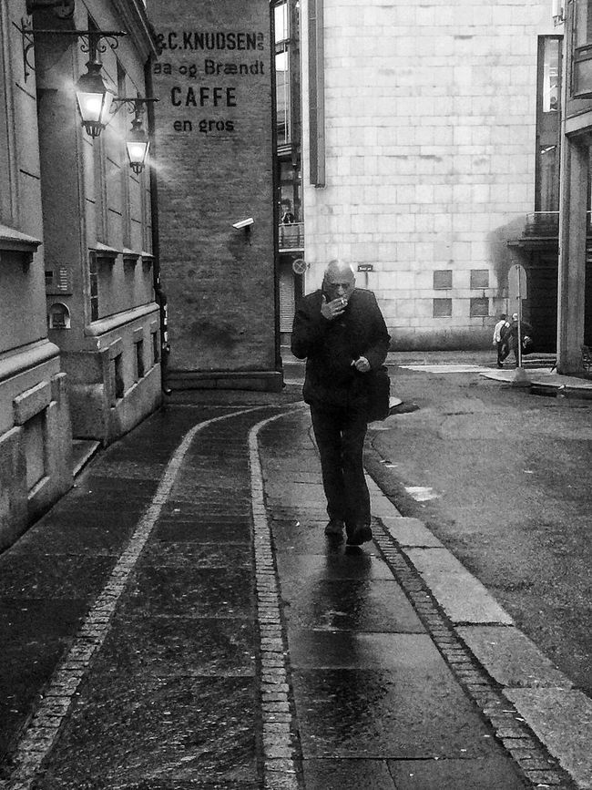 .. and these visions of Johanna are now all that remain | congrats Bobdylan with the Nobelpriceliterature City Life Streetphotography Bnw_life Bnw_society Bnw_worldwide Lifetomusic