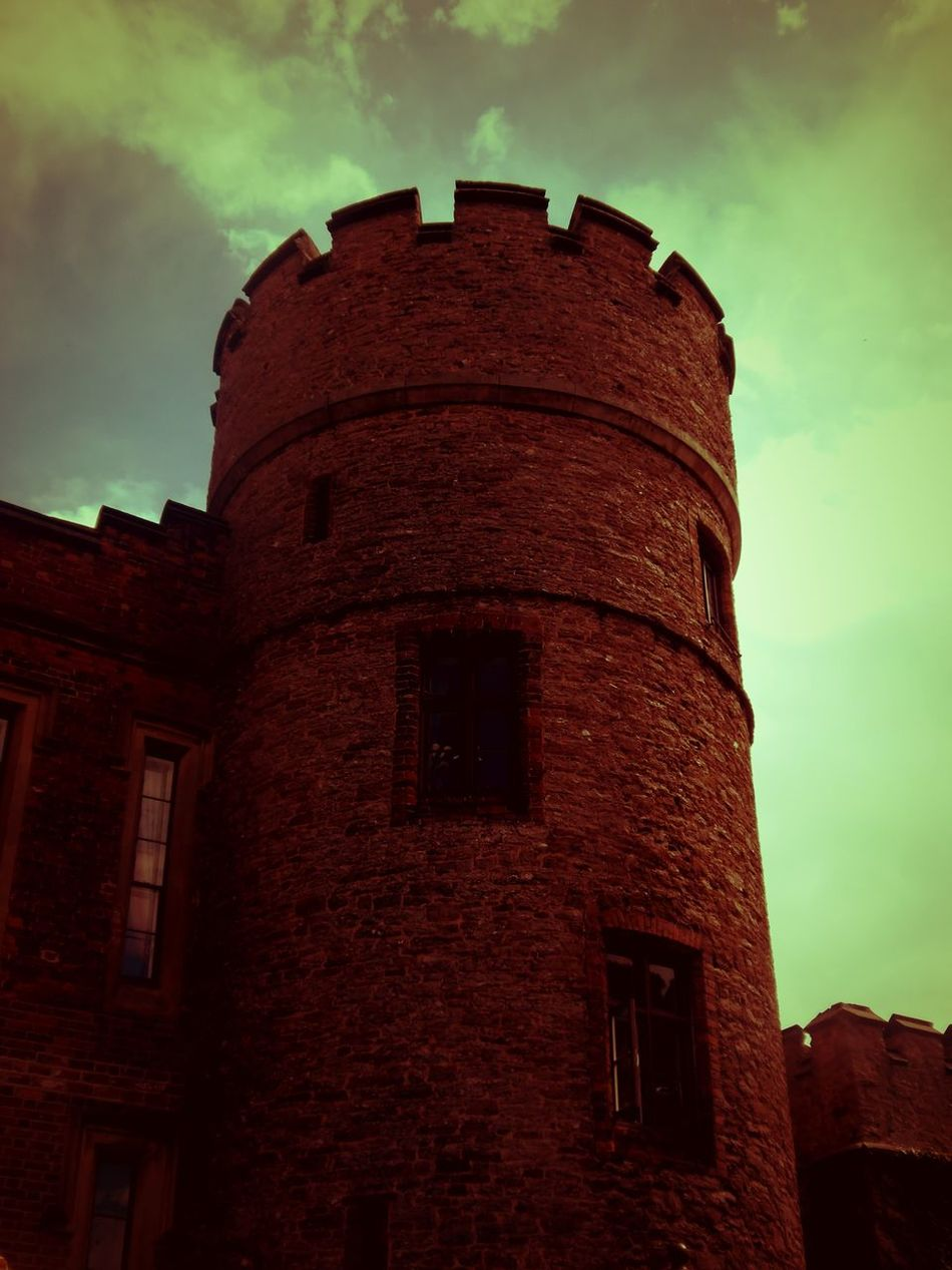 Historic History Rowtoncastle Tower Historical Place Tourist Attraction  Shrewsbury Castles Castle Walls Castle Tower Castle View  Castle Wall Hotelsaroundtheworld Hotels In The World EyeEmBestPics EyeEm Best Shots EyeEm Castleporn Castle In The Sky Towers And Sky Historical Building Stone Tower Round Tower Stone Buildings Towers