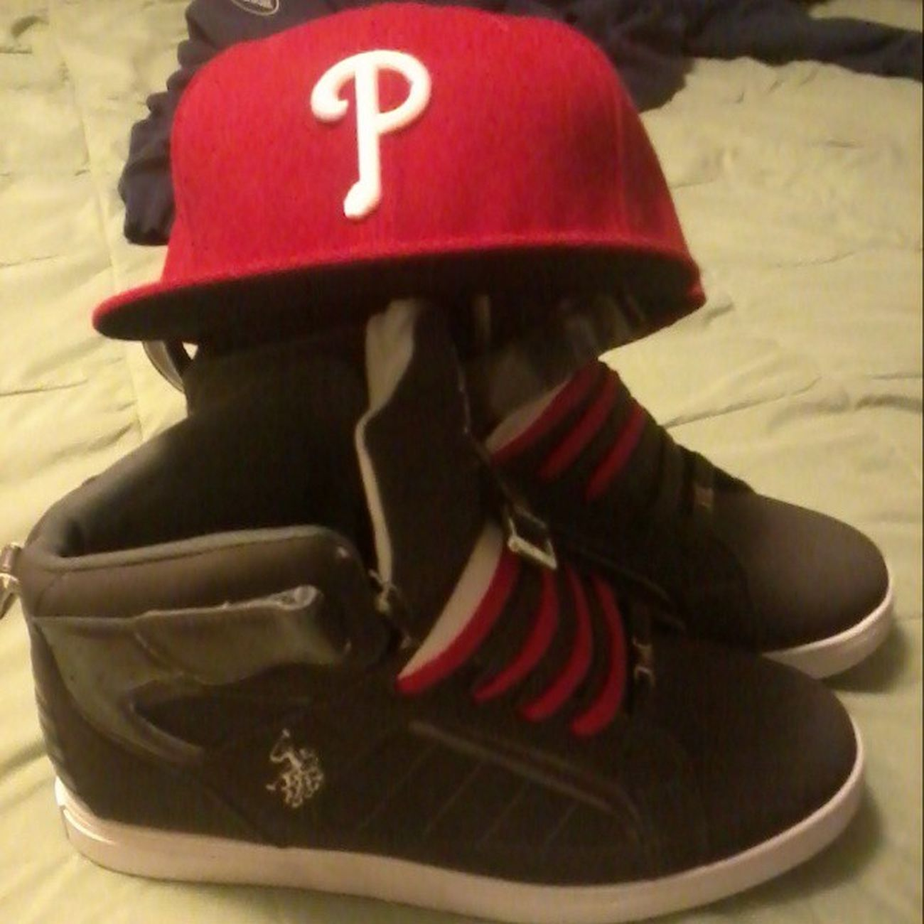 Treat yo self... Newshoes Shoes Polo Ralplauren RedBottoms  Newhat Hat Fitted Phillies Red Treatyoself Ballin