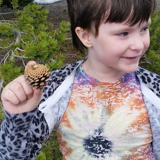Thelilian happy with just finding a pinecone. [: