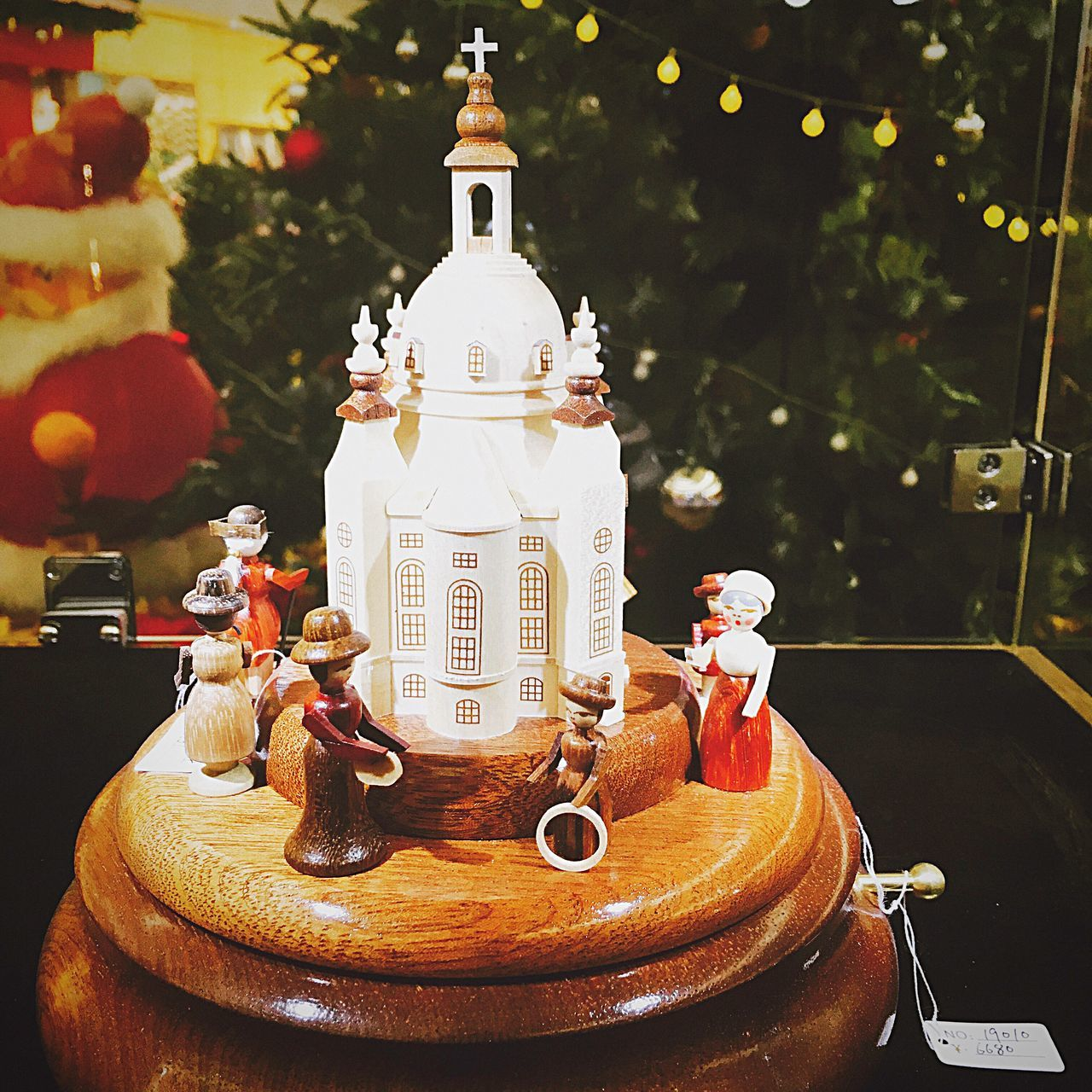 table, food and drink, christmas, christmas tree, celebration, no people, sweet food, christmas decoration, food, close-up, indoors, dessert, tree, freshness, day, ready-to-eat