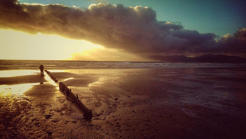 Photographer Beach Sunset Low Tide Killorglin Ireland