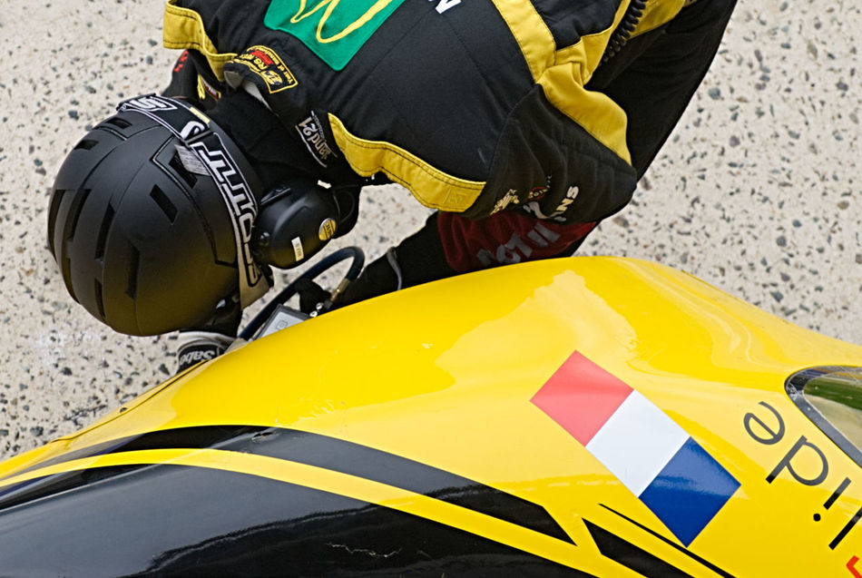 Close-up Competition Human Body Part Le Mans 24 Mechanic Motor Sport Pits Pitstop Sport Yellow