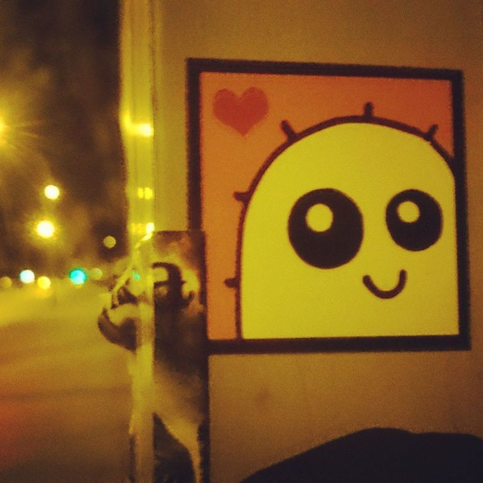 Streetart Stickers Berlin Night Light Love Nachtleben Smile Whomadethis