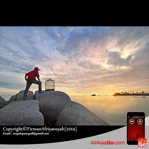 @AirAsiaGoID Menantikan burung kembali. Spot bagus untuk bersantai bersama keluarga ataupun teman di Pantai Trikora IV Kab. Bintan Prov. Kepulauan Riau, pantai indah dengan pasir putih nya membuat tenang suasana hati, apalagi bila menikmatinya di kala Sunrise seperti kala ini GohAPPySun GohAPPyholiday AAGOID Iphonesia @aderinaldi @irwansyahst @zul0887 Wonderfullkepri Humanityphotography People Humaninterestphotography Portraiturephotography Wonderfulindonesia IndonesiaOnly Indonesia_photography Ig_nesia Photooftheday Thephotosociety SeaScapePhotography Indonesianaturephotography Inap