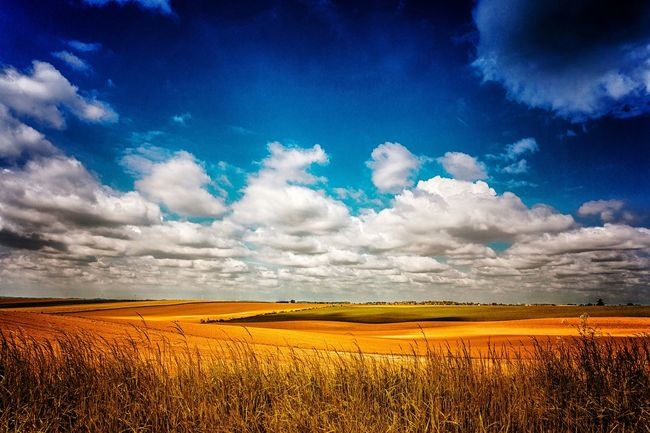 Plaines... The Great Outdoors - 2016 EyeEm Awards Landscape Countryside Glamour Countryside Outdoor Photography Clouds,