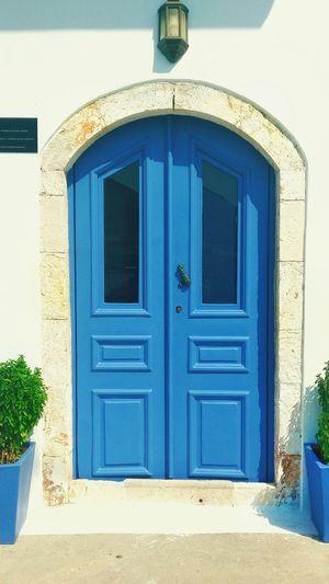 Mi piacciono le Porte ne ho una Collezione. Questa è nell' Isola di Castellorizo in Greece . BuonaNotte Amigos