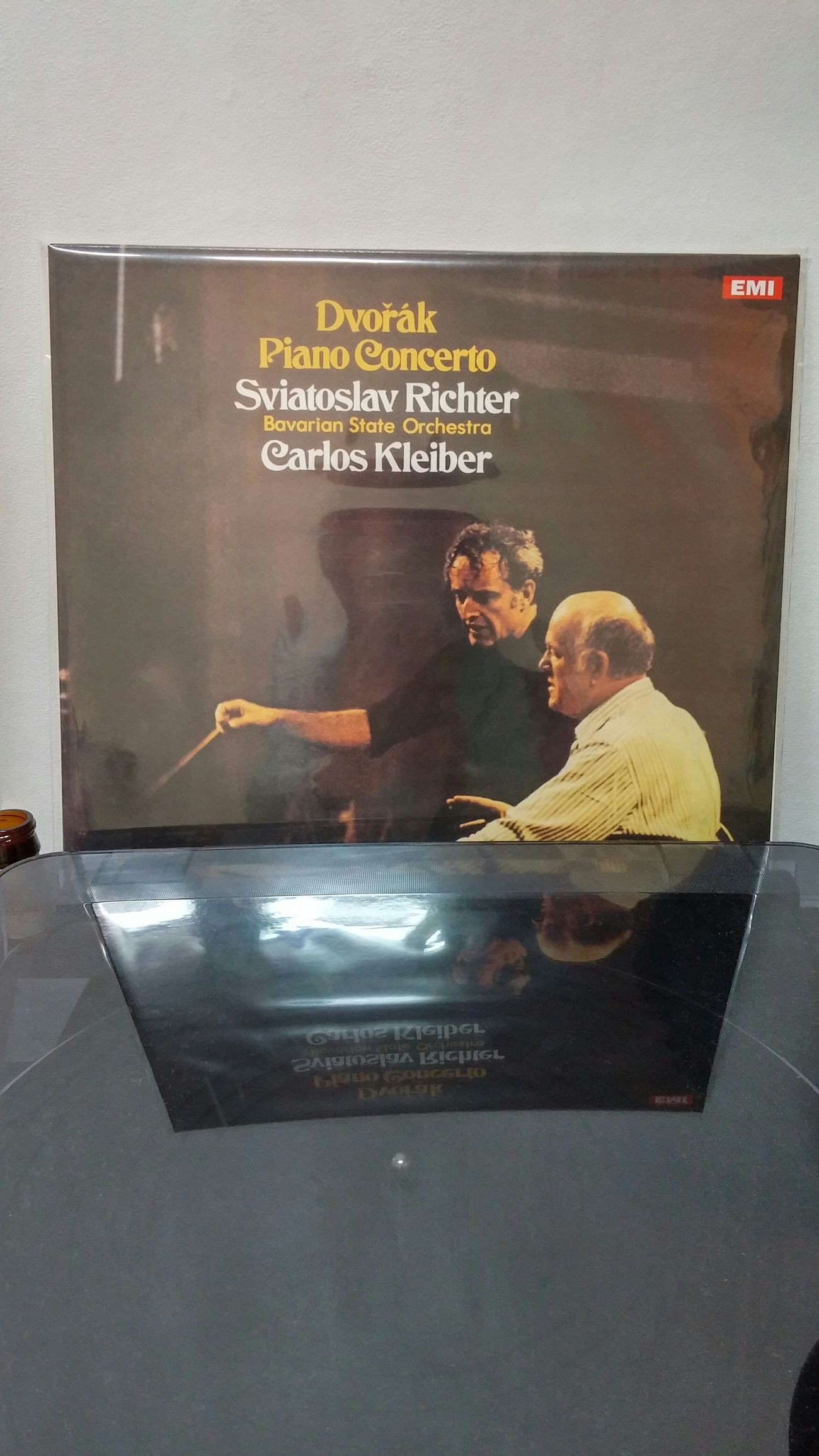 It sounds beautiful. Svjatoslav Richter Carlos Kleiber