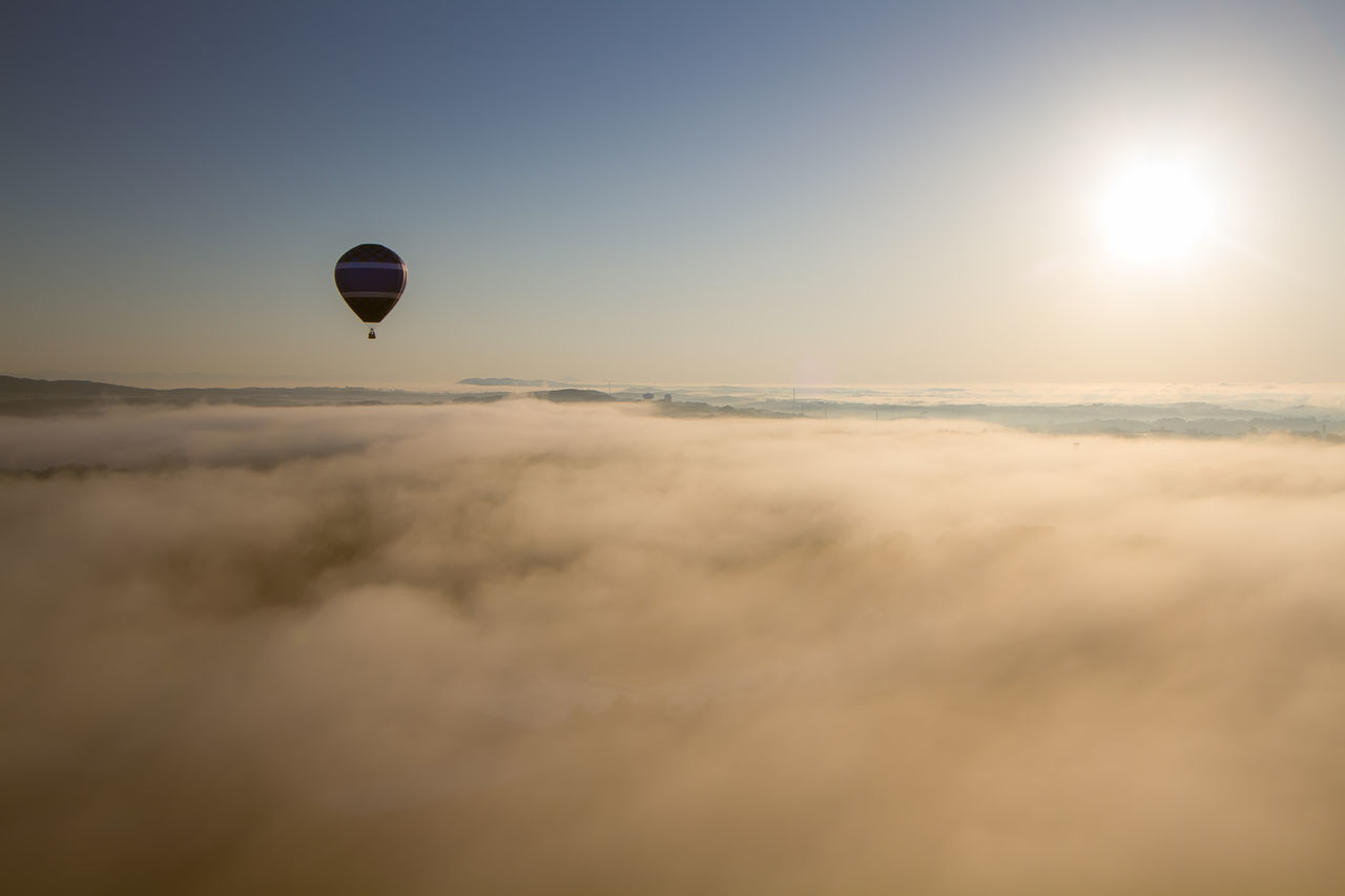 Beautiful stock photos of cloud, Cloud, Day, Flying, Hot Air Balloon