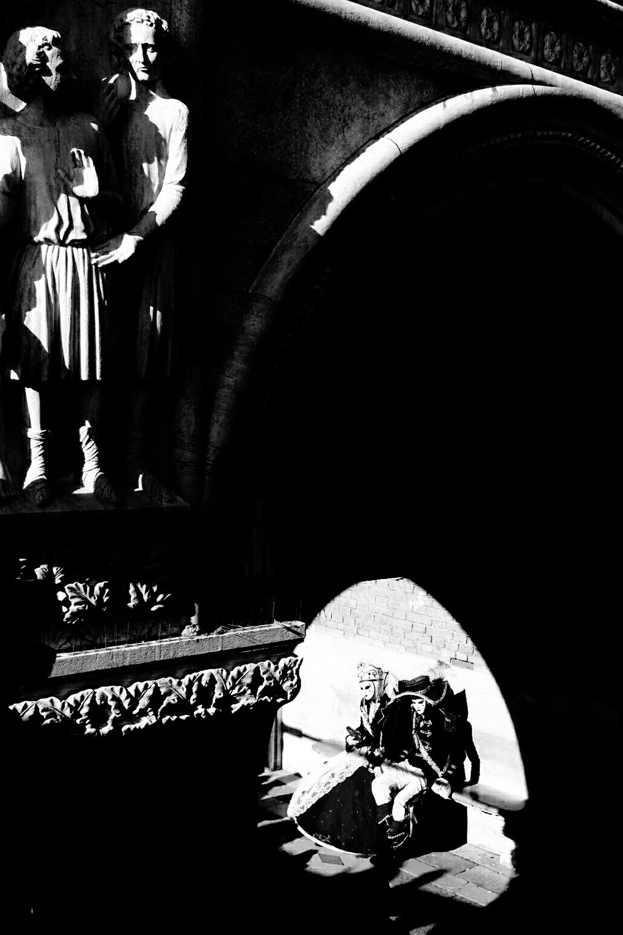 Creative Light And Shadow Light And Shadow Black And White Venice Carnival Black&white Old Foto  Original Photography Dreams Blackandwhite Photography Thinking About Life Melancholic Landscapes Carnival 2016 Venice, Italy Couples Couples❤❤❤ Couples Shoot Lovers Masked Venezia #venice Carnavaledivenezia Carnavales Venicecarnival