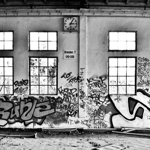 #bws_worldwide #bws_artist_eu #irox__bw #bwstyles_gf #mono #monochrome #dualtone #bw_lover #irox_bwoftheday #grimewindow #forgottenwindows #brokenwindows #windowshotwednesday #windowsonly #windowfetish #windowsbegone #windowporn Filthyfamily Windowporn Grimewindow Bwstyles_gf Windowsbegone Rottenfeed Sfx_urbex Bws_artist_eu Monochrome Irox__bw Mono Irox_bwoftheday Partnersingrime Grime_noir Filthyfeeds Brokenwindows Windowshotwednesday Windowsonly Bw_lover Forgottenwindows Bws_worldwide Windowfetish Dualtone