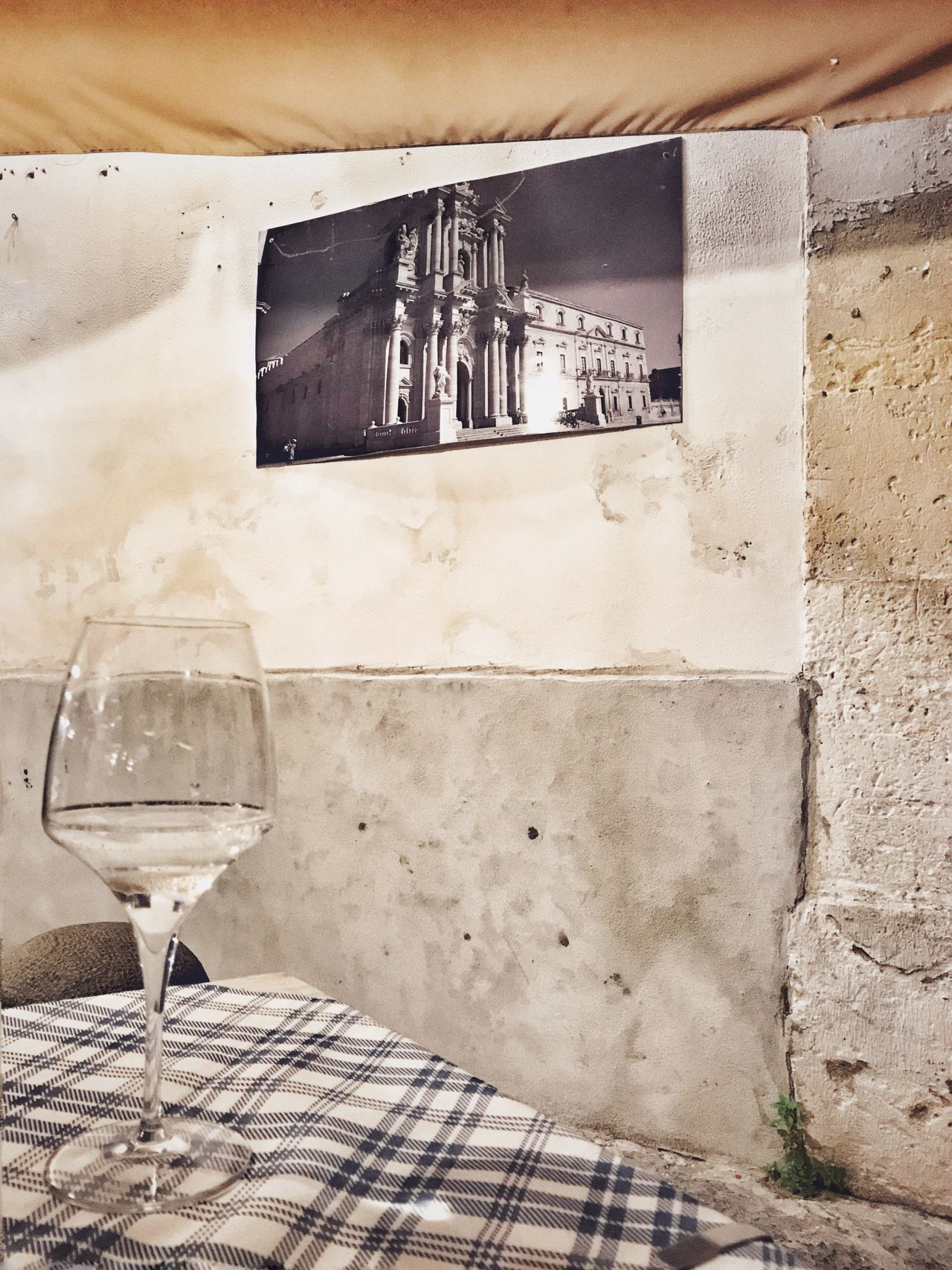 Duomo - Ortigia Eating In Sicily Food And Drink Wineglass No People Outdoors Wine Day Food Close-up Food And Drink Architecture Architecture_collection Architectural Feature Architectural Detail Architecturelovers Nightphotography Night Lights Night Photography Nightlife Nightshot Night Restaurant