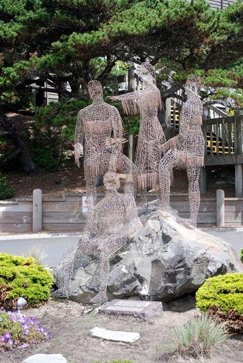 Cannon Beach Coastline Landmark Metal Art Metal Statue Outdoors Sacajawea Turnabout Decor