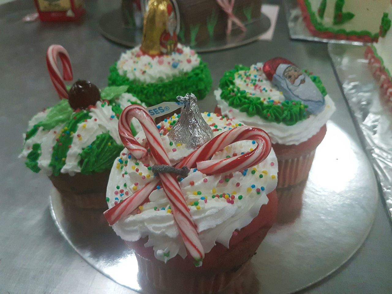 Handmade For You Dessert Christmas Sweet Food Food And Drink Temptation Pastry Cheflife Pastrychef Muffins