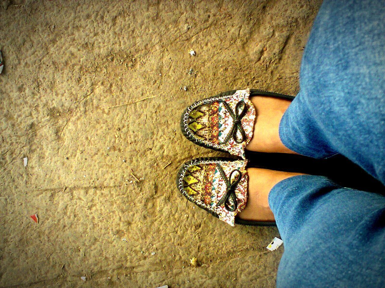 Shoes ♥ Vintage Photo Simple Things IsengIsengBerhadiah 😄