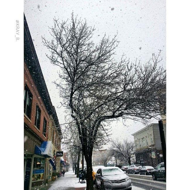 Downtown north attleboro Snowflurries Snow Instafitpro Insta_pic instaphoto instapic picoftheday photooftheday photoop nofilter beautifulweather gorgeousshot