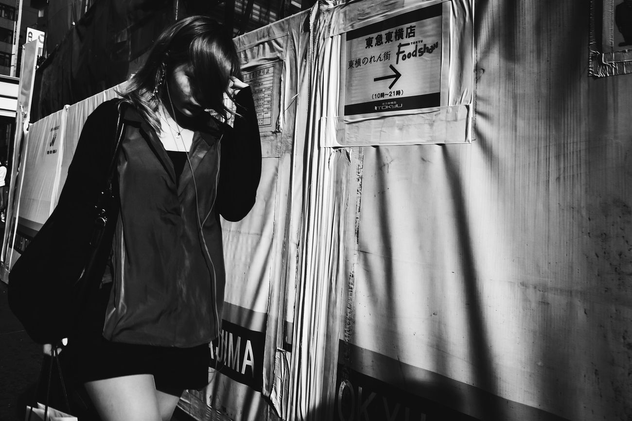 Monochrome Photography B&w Street Photography Streetphotography_bw Streetphoto_bw Black And White Tokyo Blackandwhite Voidtokyo The Street Photographer - 2017 EyeEm Awards The Week Of Eyeem Japan Streetphoto Street Photography People Streetphotography