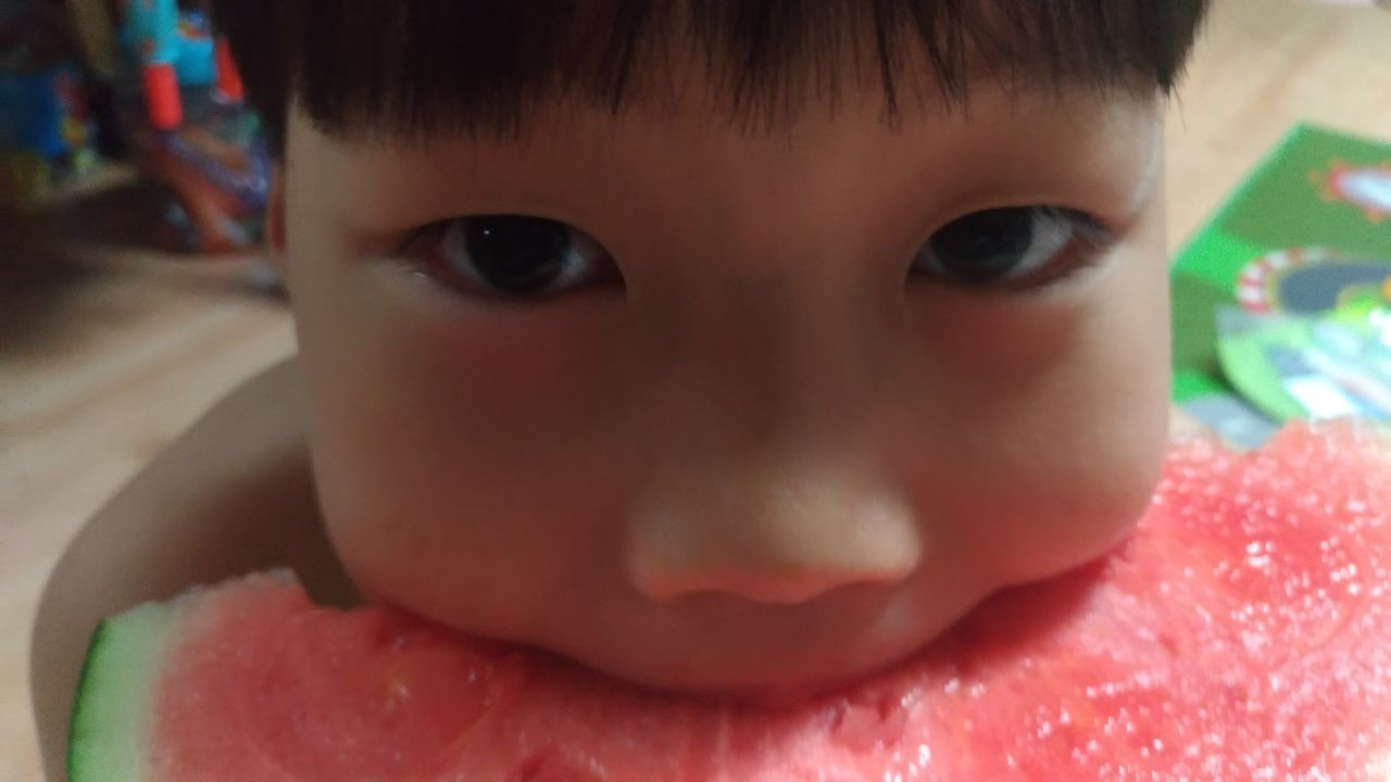 Childhood Looking At Camera Child Children Only One Person Close-up Red Eyes Boy Watermelon Eating Eating Watermelon Live For The Story The Portraitist - 2017 EyeEm Awards