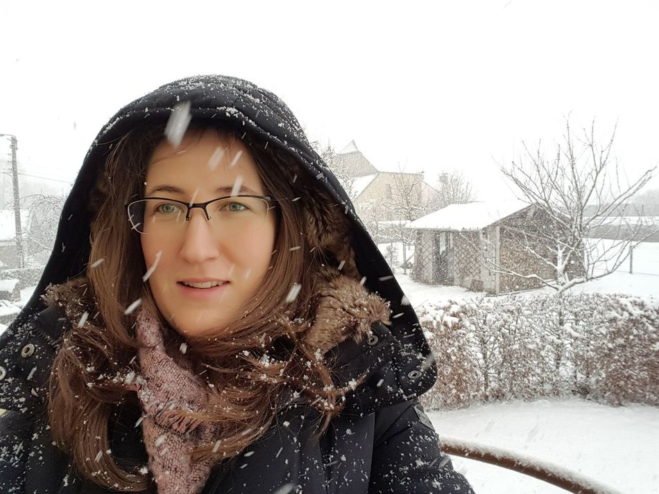It smel snow Winter Warm Clothing Snow Portrait Eyeglasses  Looking At Camera Only Women One Person Front View People Snowing Adult Close-up Nofliter Noedit Self Portrait Wintertime Smiling Face Snowing ❄ Cold Temperature Headshot Weather Winter Outdoors White Background