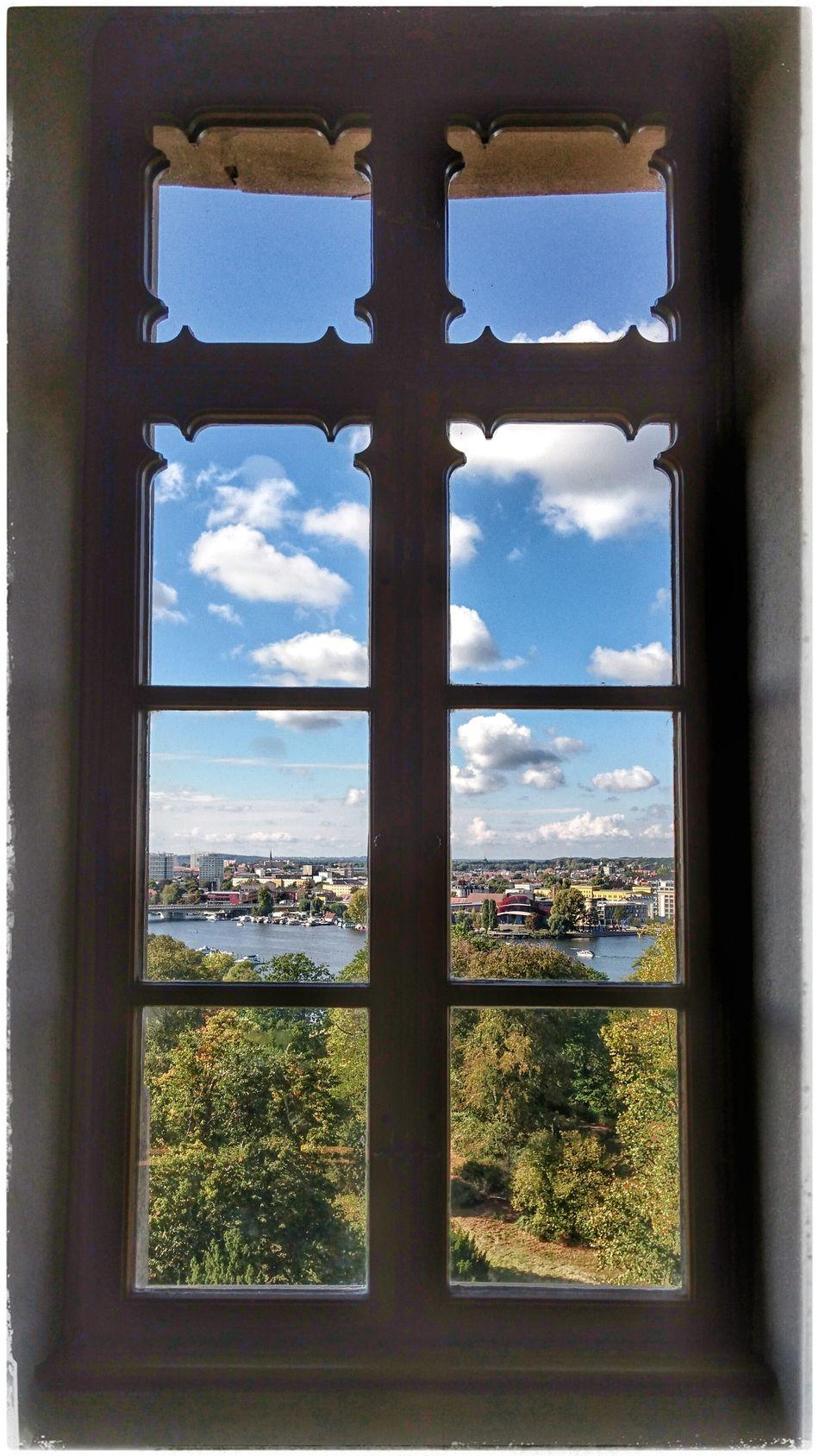 Ausblick mit Aussicht Flatowturm Flatow Tower Potsdam Babelsberger Park Potsdam Sightseeing Babelsberg Window Fensterzurwelt