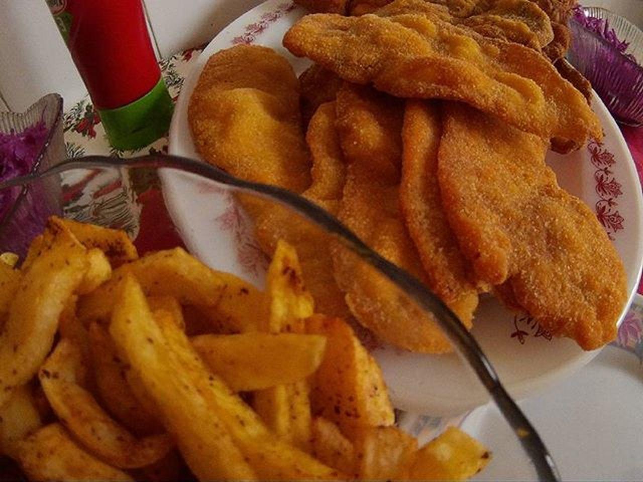 Mamaféle Rántotthús Food Fries Ketchup Instafood Xmas Merryxmas Toofat Fat Dagadt Diszno Vagyok