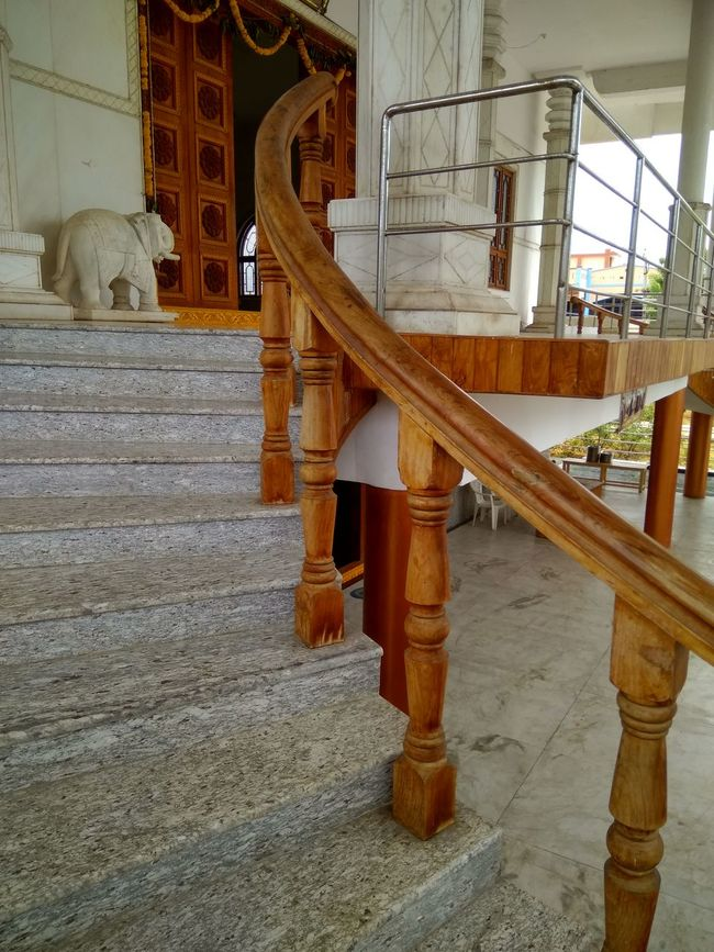 Upstairs... pillars of success EyeEm Selects EyeEmNewHere