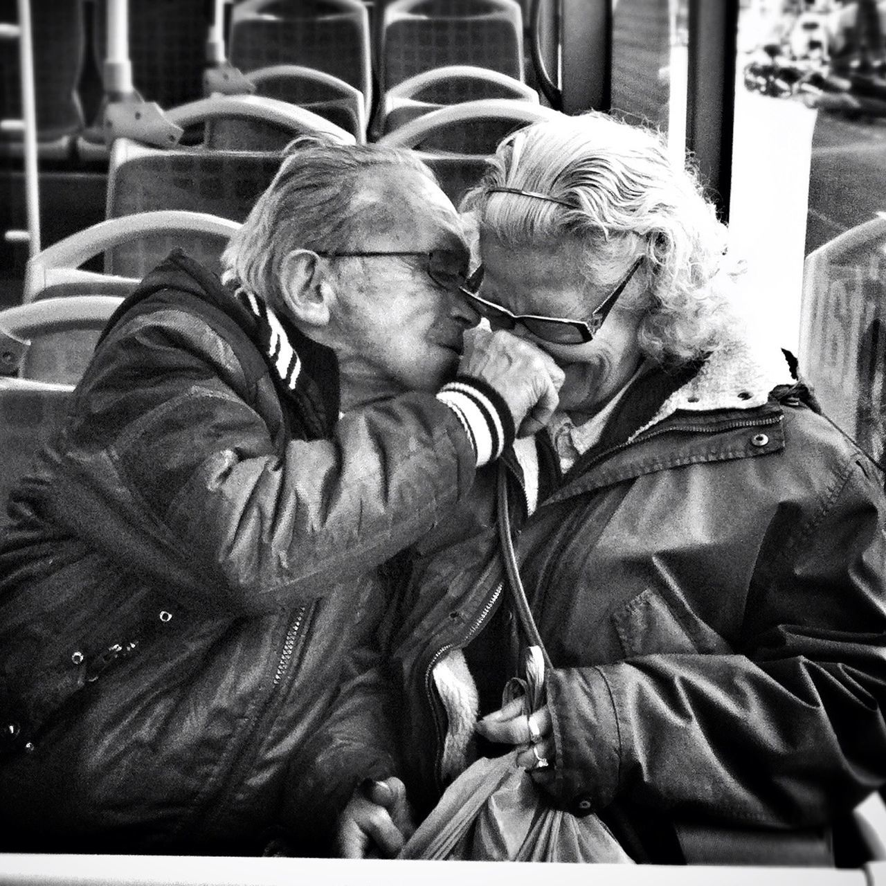 senior adult, senior men, two people, senior women, eyeglasses, togetherness, senior couple, love, real people, bonding, couple - relationship, happiness, outdoors, women, men, day, close-up, adult, people, adults only