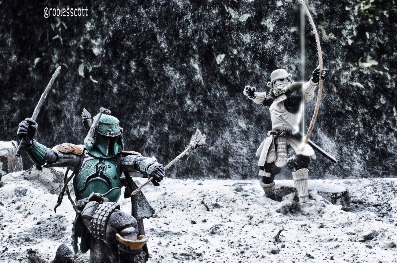 Immersed in the present moment, the hand is fastest than arrow Zen Actionfigurephotography Toysaremydrug Toyphotography ArcheryBushido Ronin BANDAI Starwars Bandaitamashiinations Budo Mexicolor Mexico