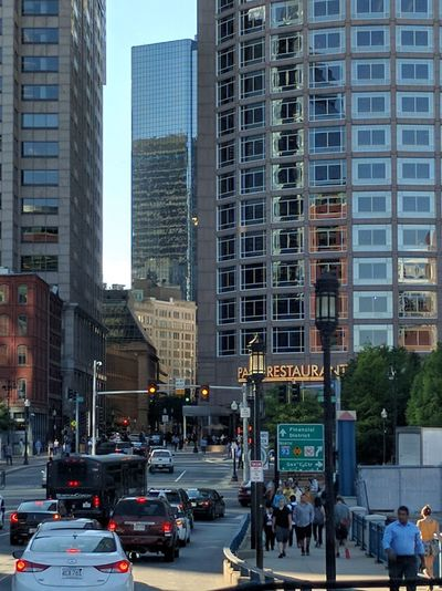 Intothecity Fri In Boston Shootingpicsfromthewhip Architecture Hanging Out Evening Photography Windows Ilovethecity Destinationeverywhere Traffic Lights