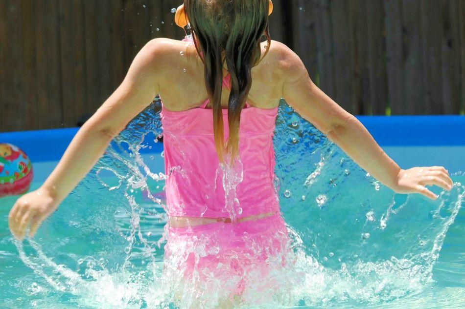 Geneva EyeEm Gallery Hot Summer Days Pool Water Eyeemphotography Summertime Cooling Off In The Heat Sister ❤ Cascade Water Wings Fun In The Sun The Week On EyeEm The Week Of Eyeem EyeEm Best Shots
