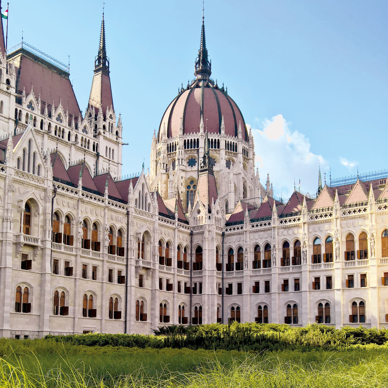 Beauty In Nature Budapest Capital City Grass Green Kossuth Lajos Tér Kossuth Square Nature No People Orszaghaz Parliament Summer Sunset