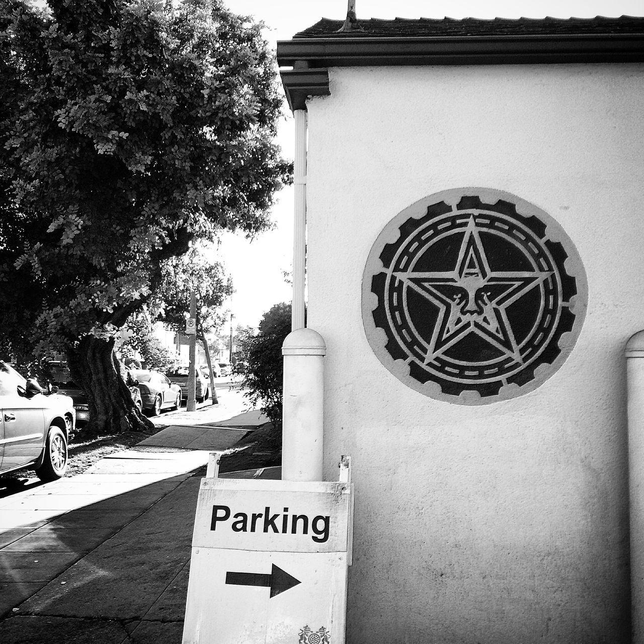 Graffiti Los Angeles, California Mural OBEY Obeygiant Parking Shepard Fairey Street Art
